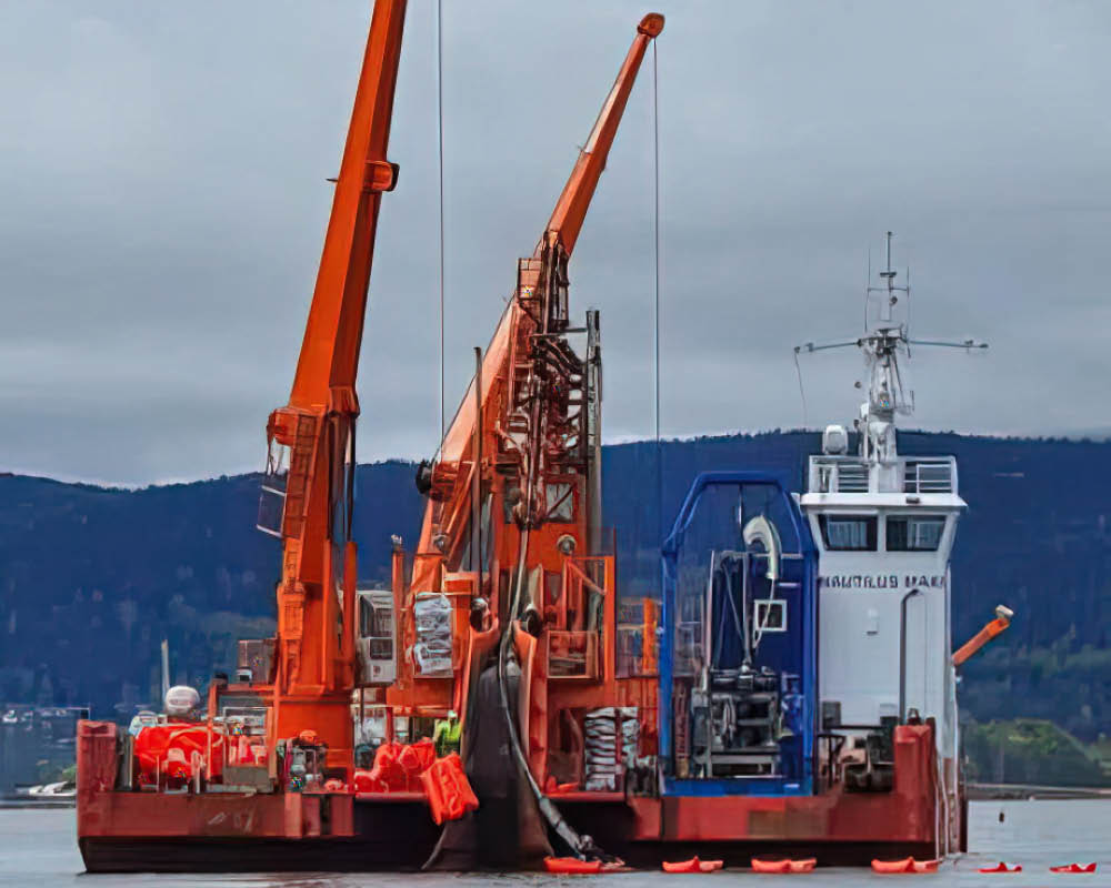 Bild från sjökabelinstallation med tillhörande skyddsrör Snipp & Snapp Panzar